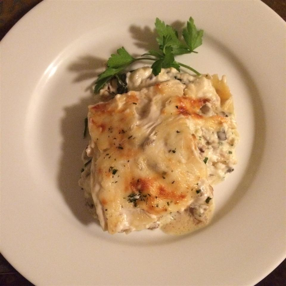 Chicken and Spinach Alfredo Lasagna