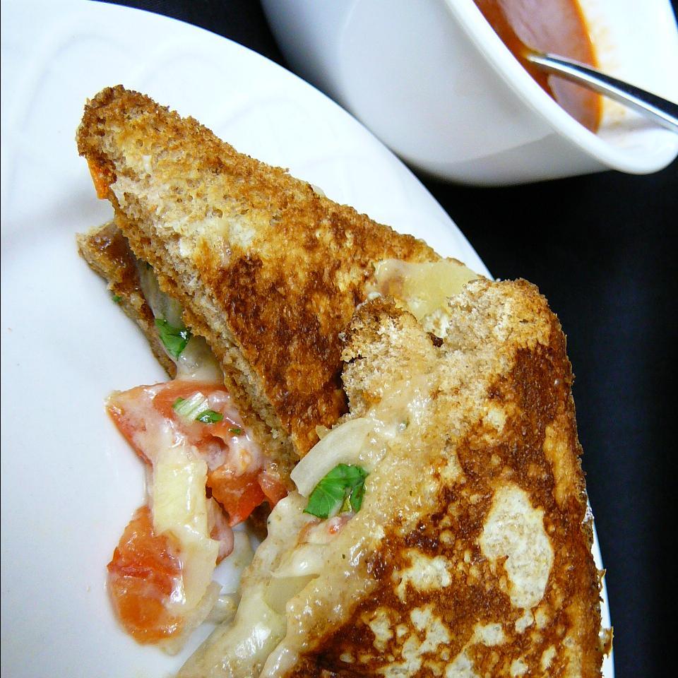 Pico De Gallo Grilled Cheese Sandwich Molly