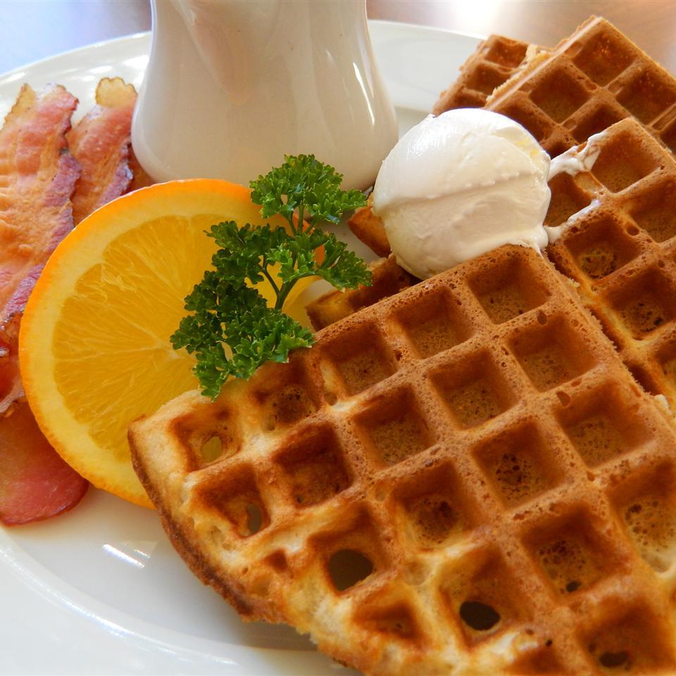 Easy Malted Waffles