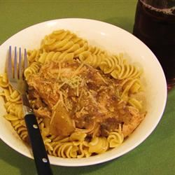 Julia's Easy Slow Cooker Chicken Linda