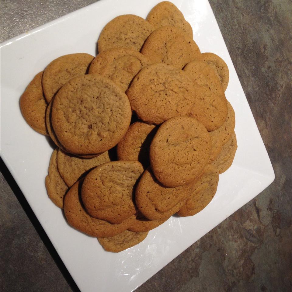 Chewy Ginger Cookies Larissa Hartigan
