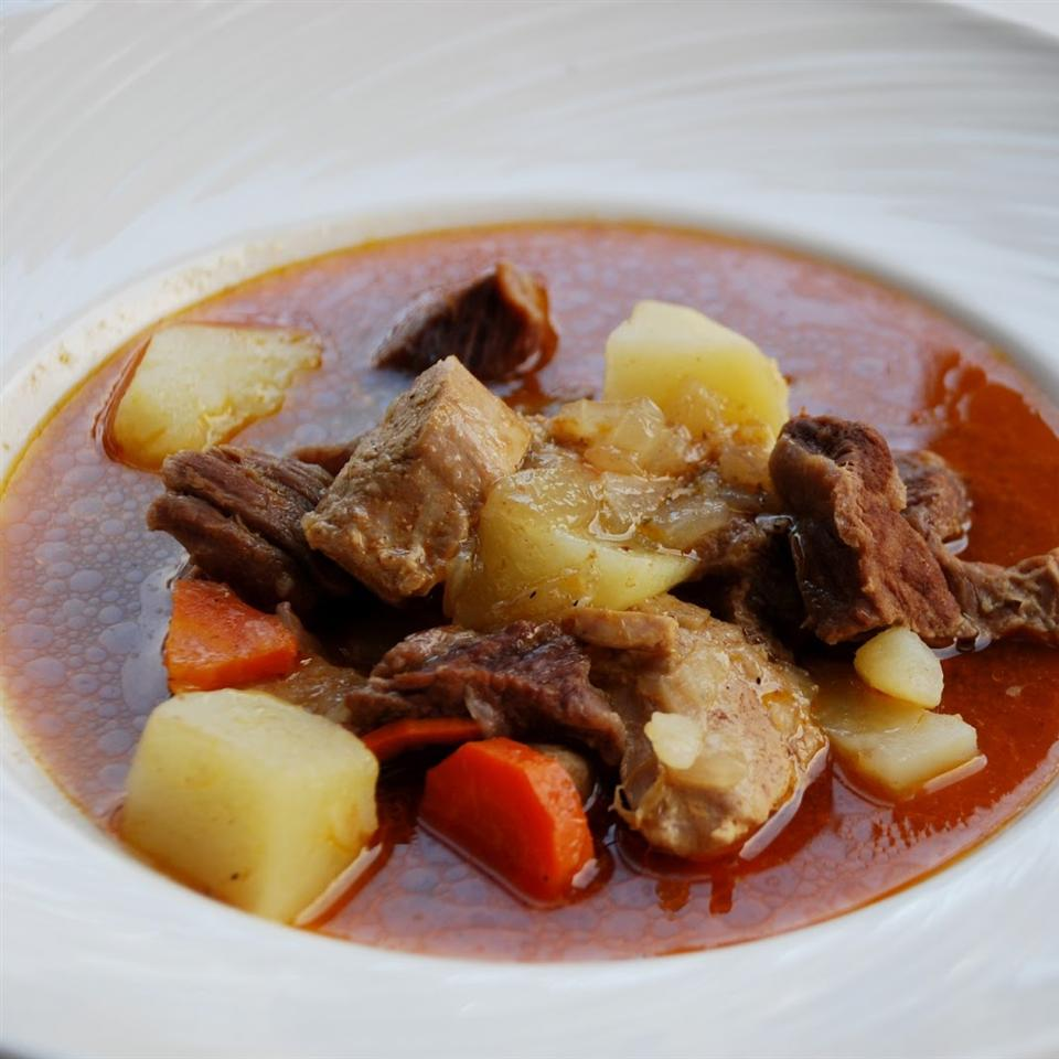 Real Hungarian Goulash (No Tomato Paste Here)
