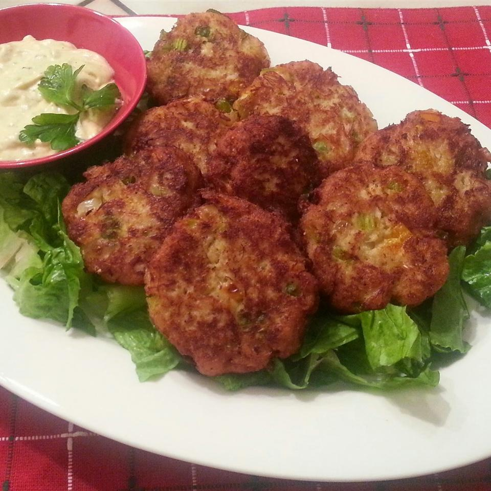 Mini Crab Cakes with Curried Tartar Sauce