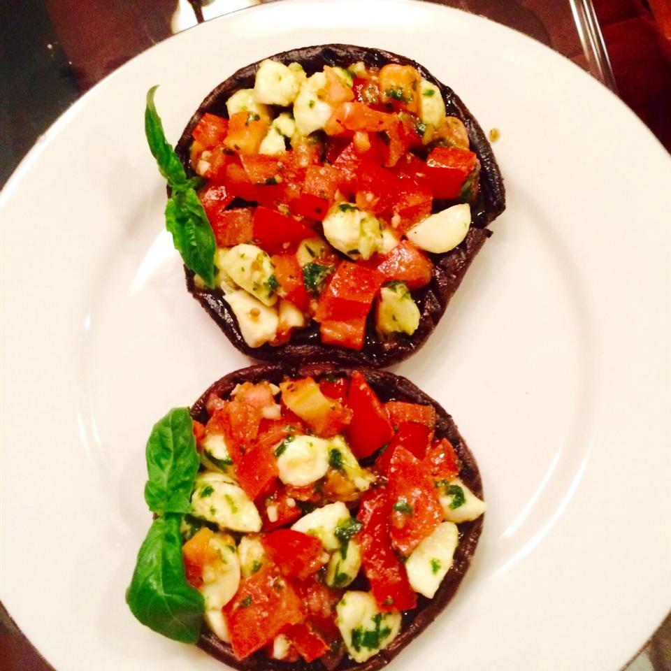 Grilled Portobello and Mozzarella Frey Bekana