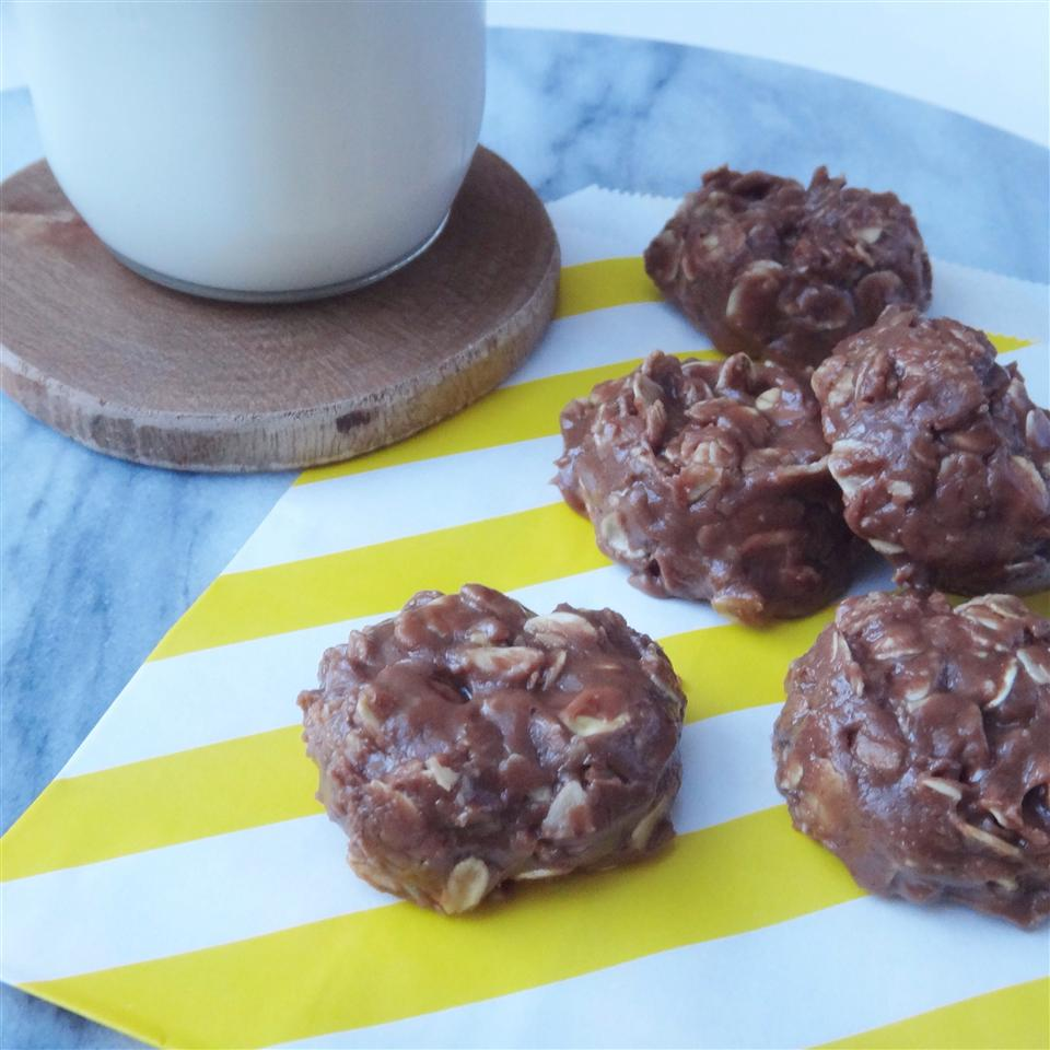 Cinnamon Nutella® No-Bake Cookies