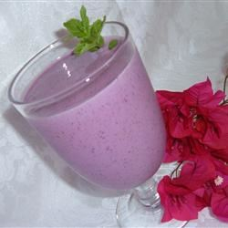 A Very Intense Fruit Smoothie Fit&Healthy Mom