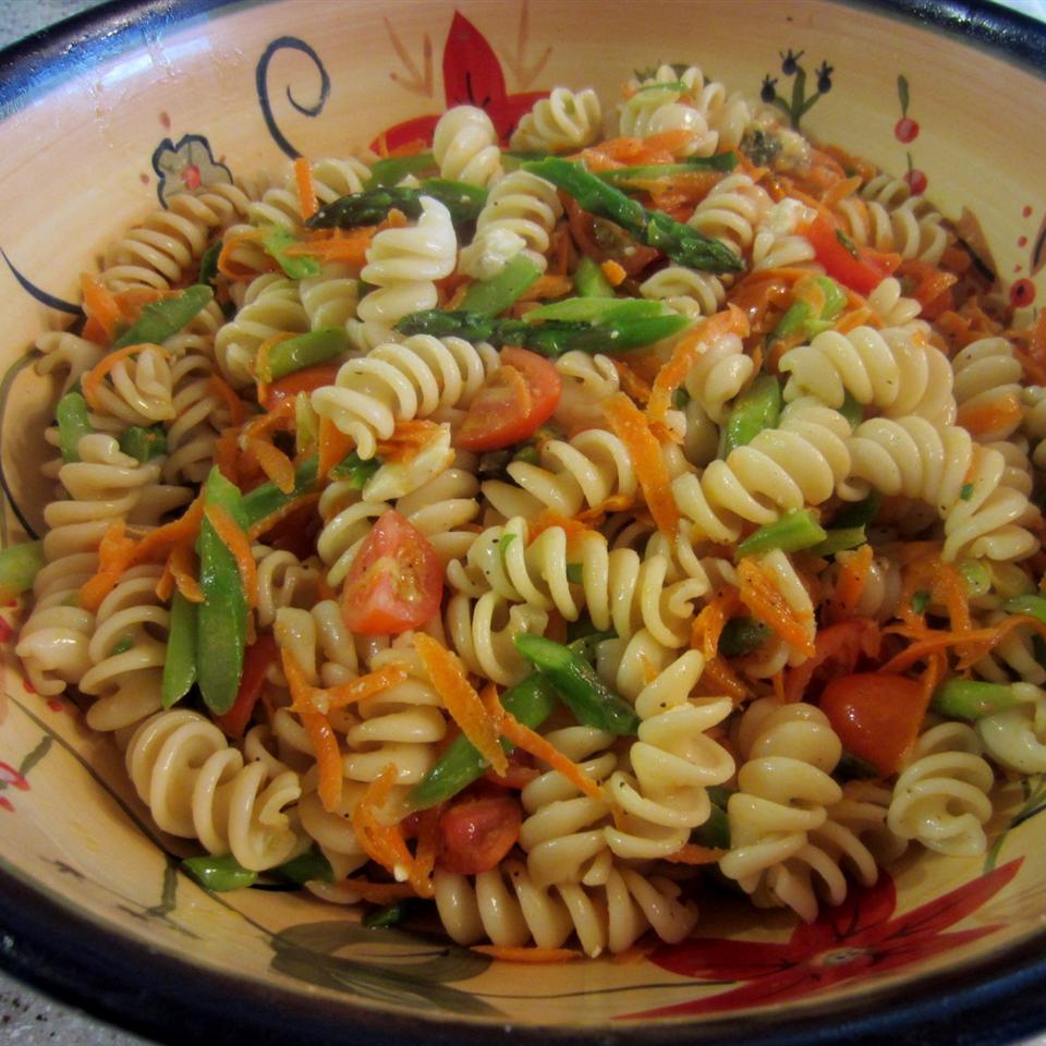 Whole Wheat Rotini Pasta Salad