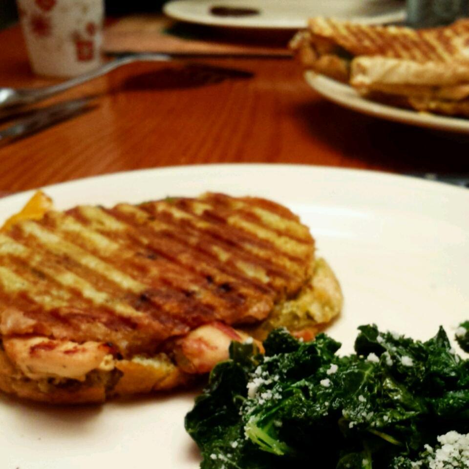Chicken Pesto Paninis littlejediprincess