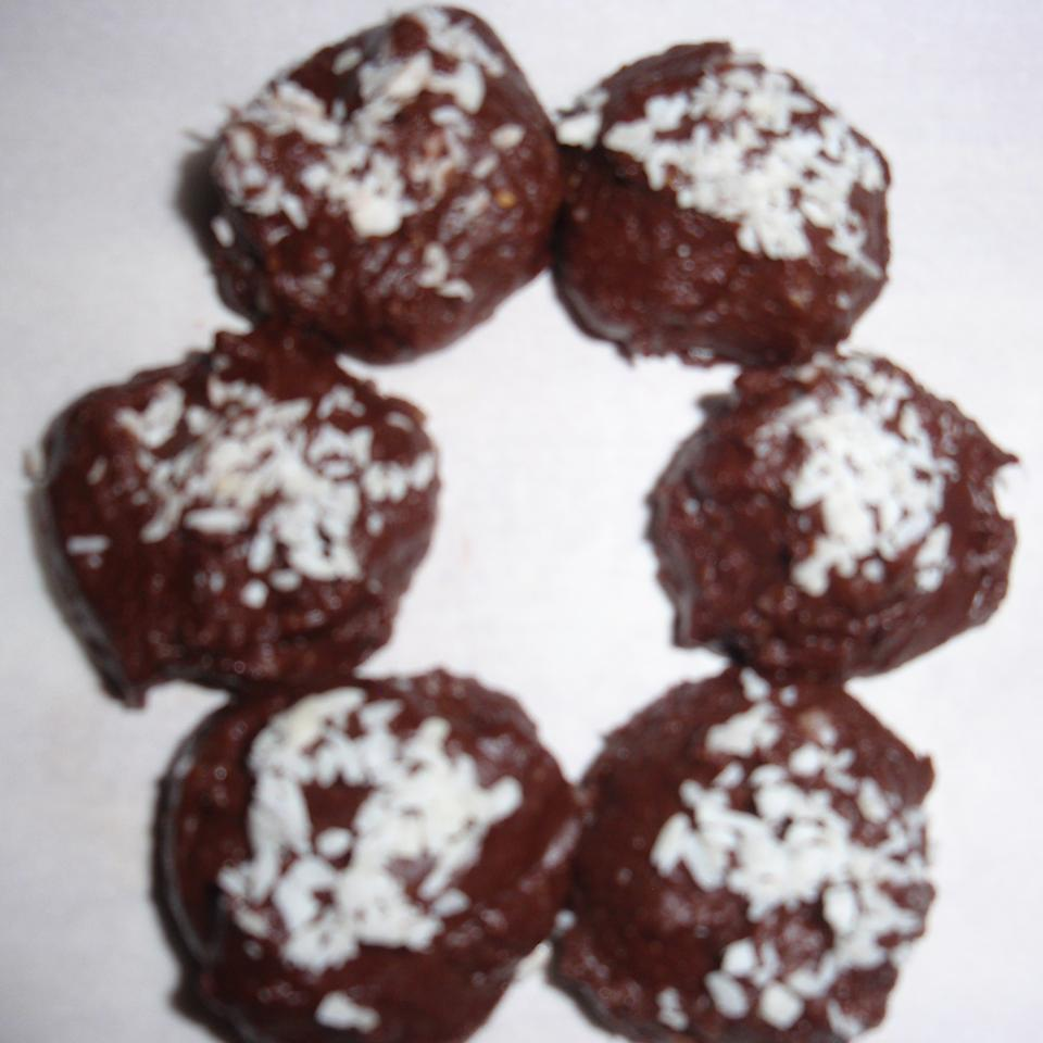 Cocoa Coconut Chocolate Bites sueb