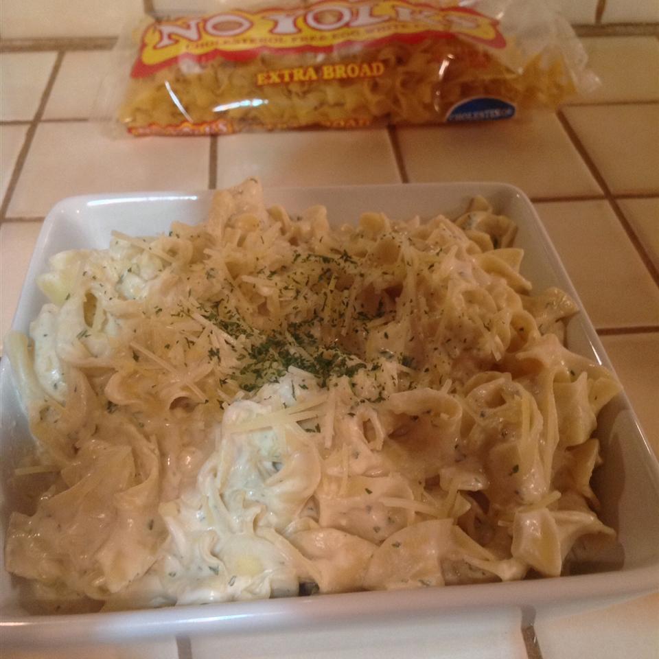 NO YOLKS® Noodles Romanoff Derbakermom