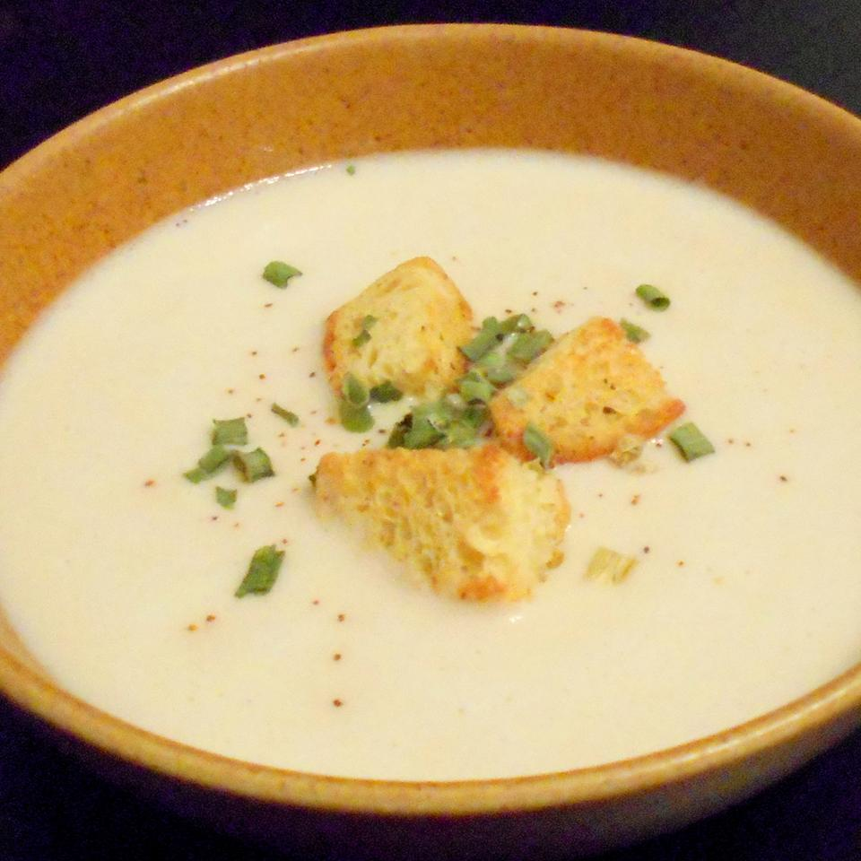 Roasted Garlic Soup ONIOND
