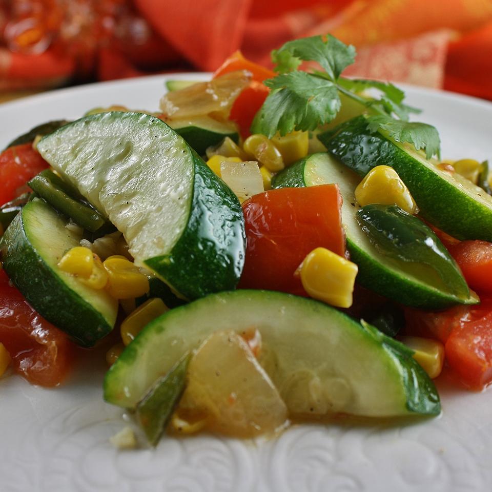 Calabacitas con Elote (Zucchini with Corn) naples34102
