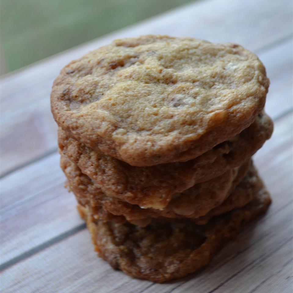 Toffee Crunch Cookies Rebekah Rose Hills