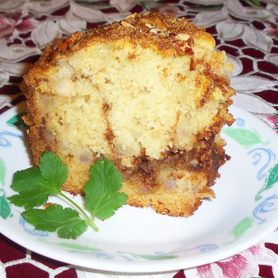Sour Cream Pear Cake Yoly