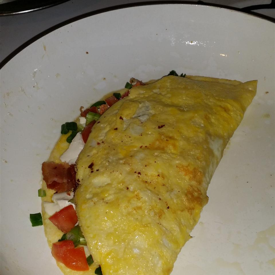 Cream Cheese and Tomato Omelet with Chives David Lopez