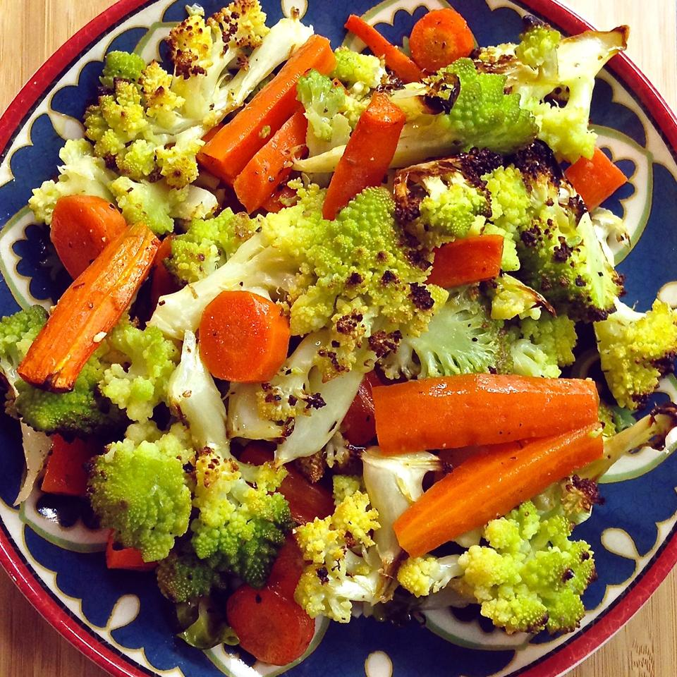 Roasted Carrots and Cauliflower with Thyme carina