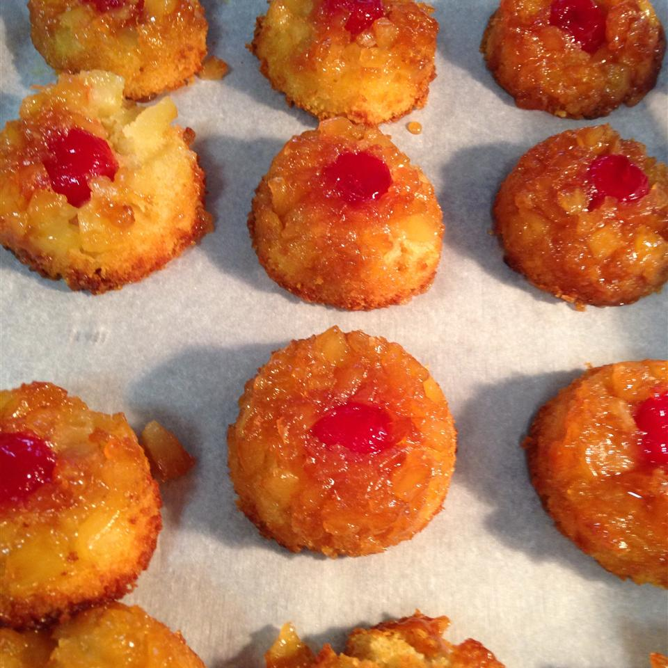 Pineapple Upside Down Cupcakes paradise