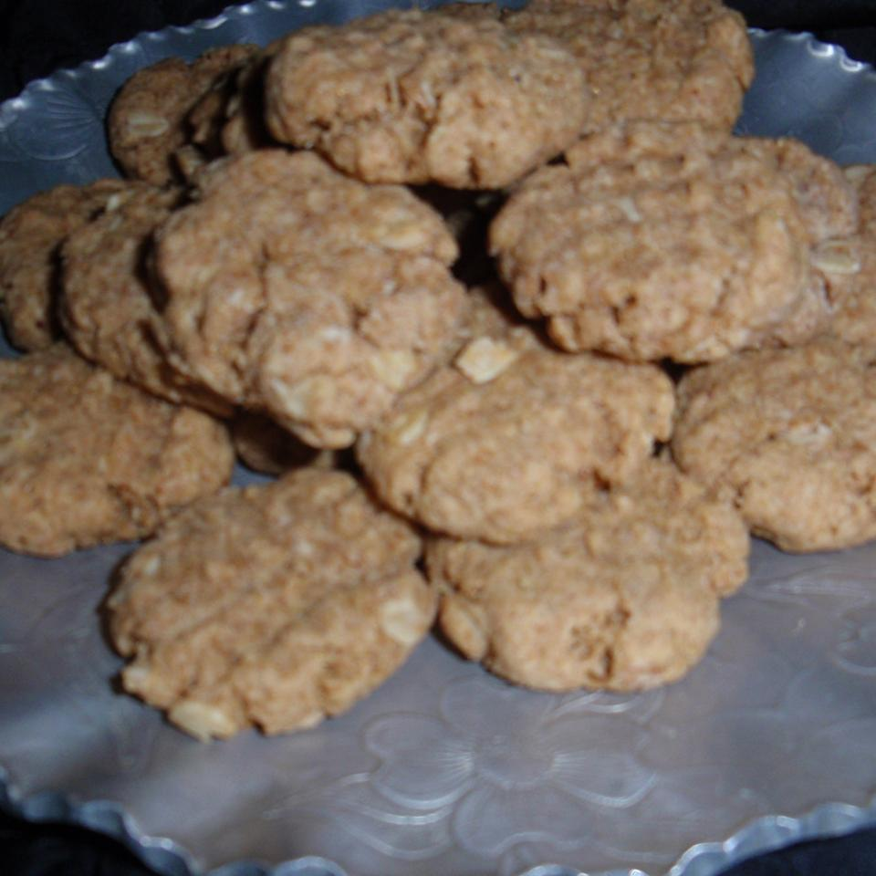 Peanut Butter and Amaranth Cookies sueb
