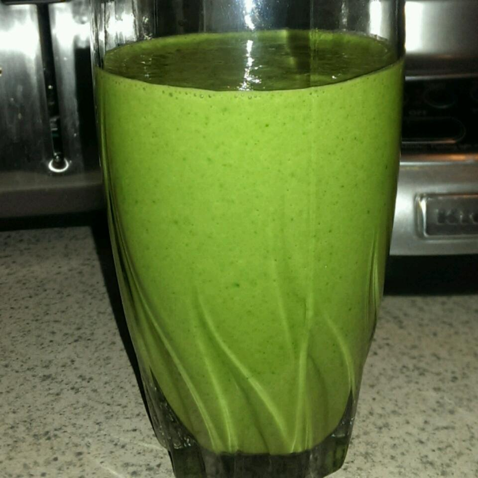 Spinach and Kale Smoothie MegaManCannon