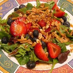 Spinach-And-Berries Salad With Non-Fat Curry Dressing ~TxCin~ILove2Ck