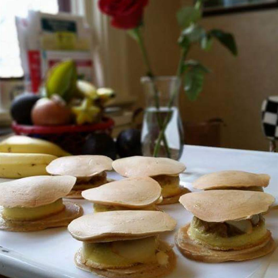 Make-Ahead Healthy Egg and Cheese Pancake Sandwiches