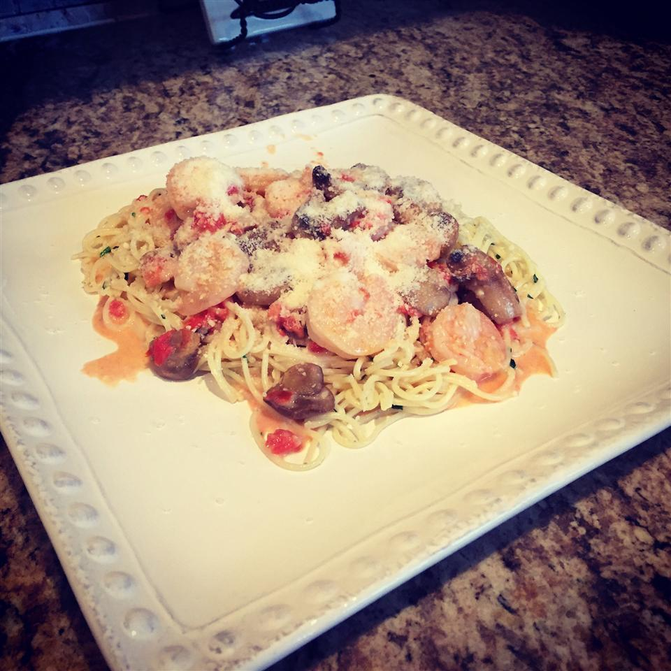Champagne Shrimp and Pasta Chad
