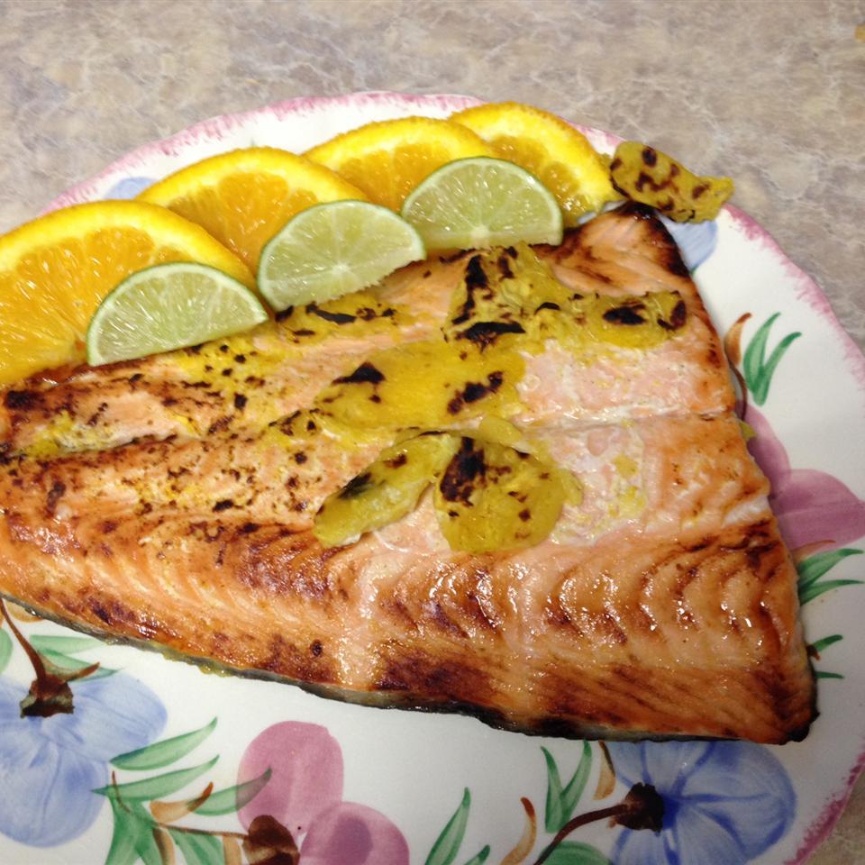 Herbed Citrus Salmon lizzie