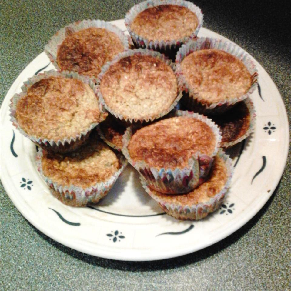 Banana-Oatmeal Breakfast Muffins