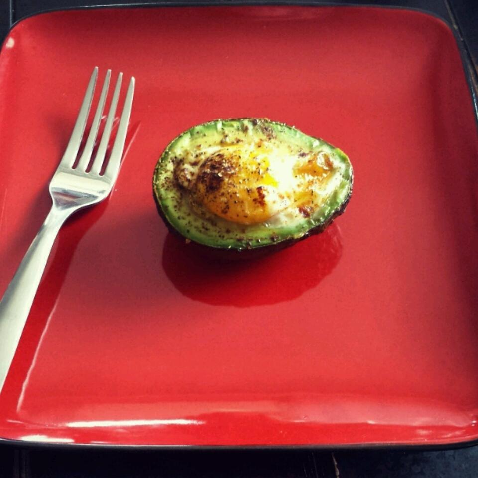 Paleo Baked Eggs in Avocado Lauren Lewellen