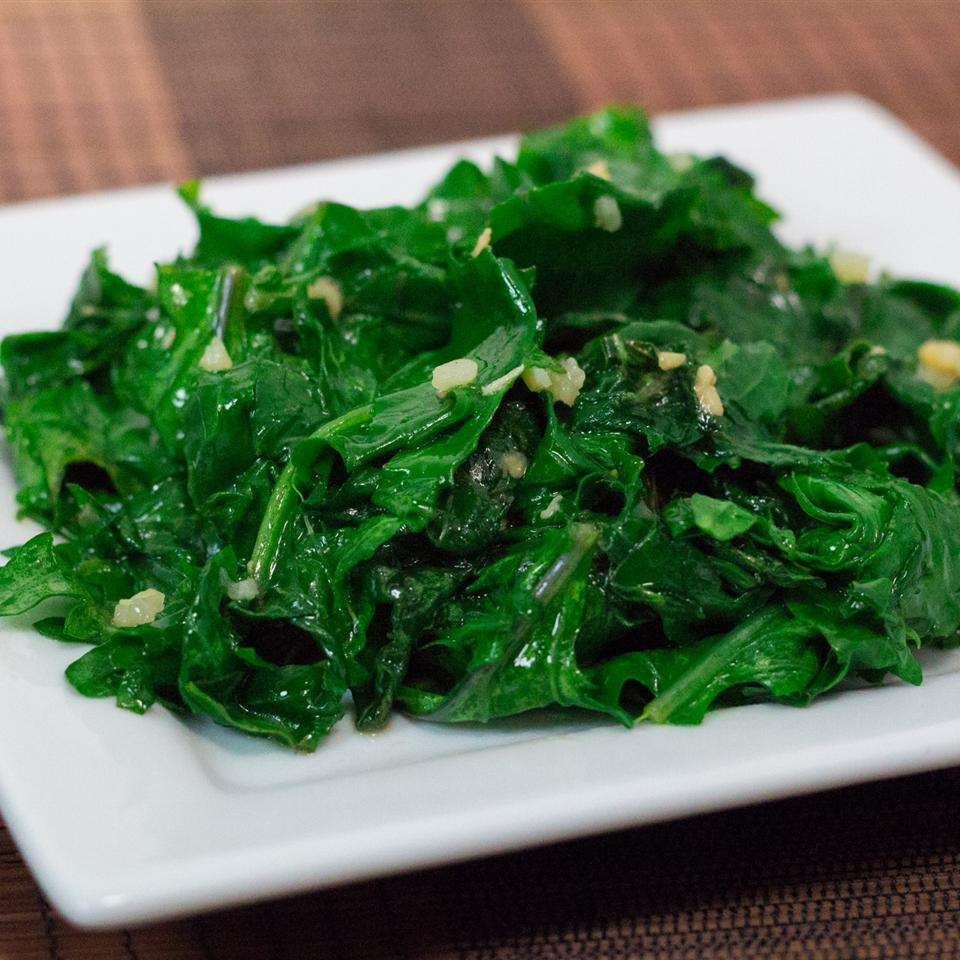 Easy Garlic Kale