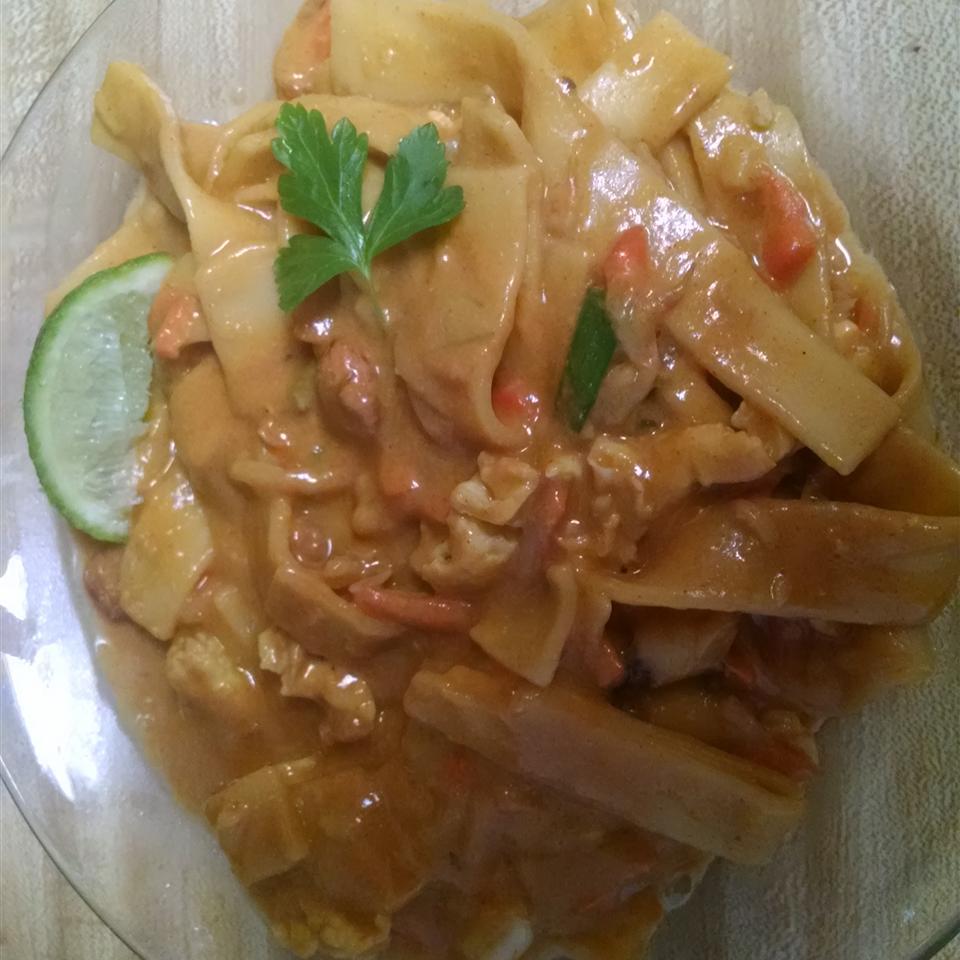 Vegetarian Phad Thai Lori Schreiner