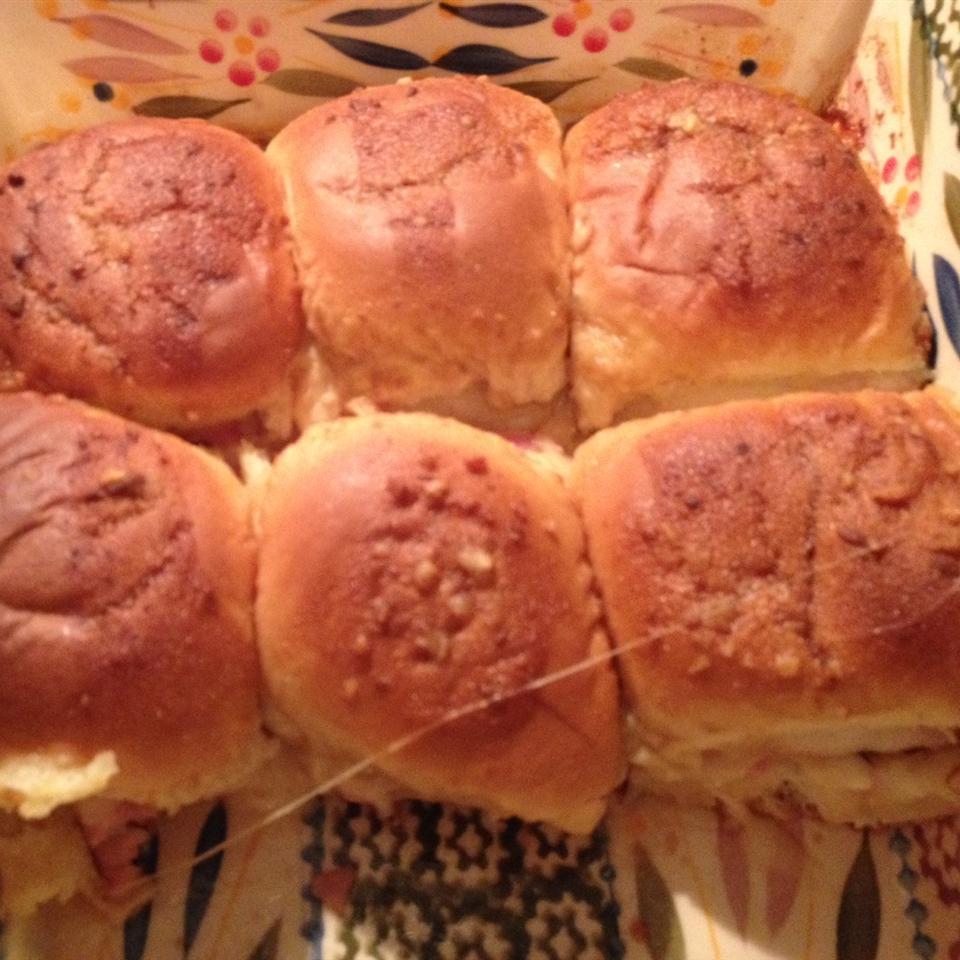 Baked Hawaiian Sandwiches