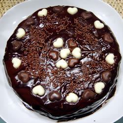 Buttermilk Chocolate Cake with Fudge Icing