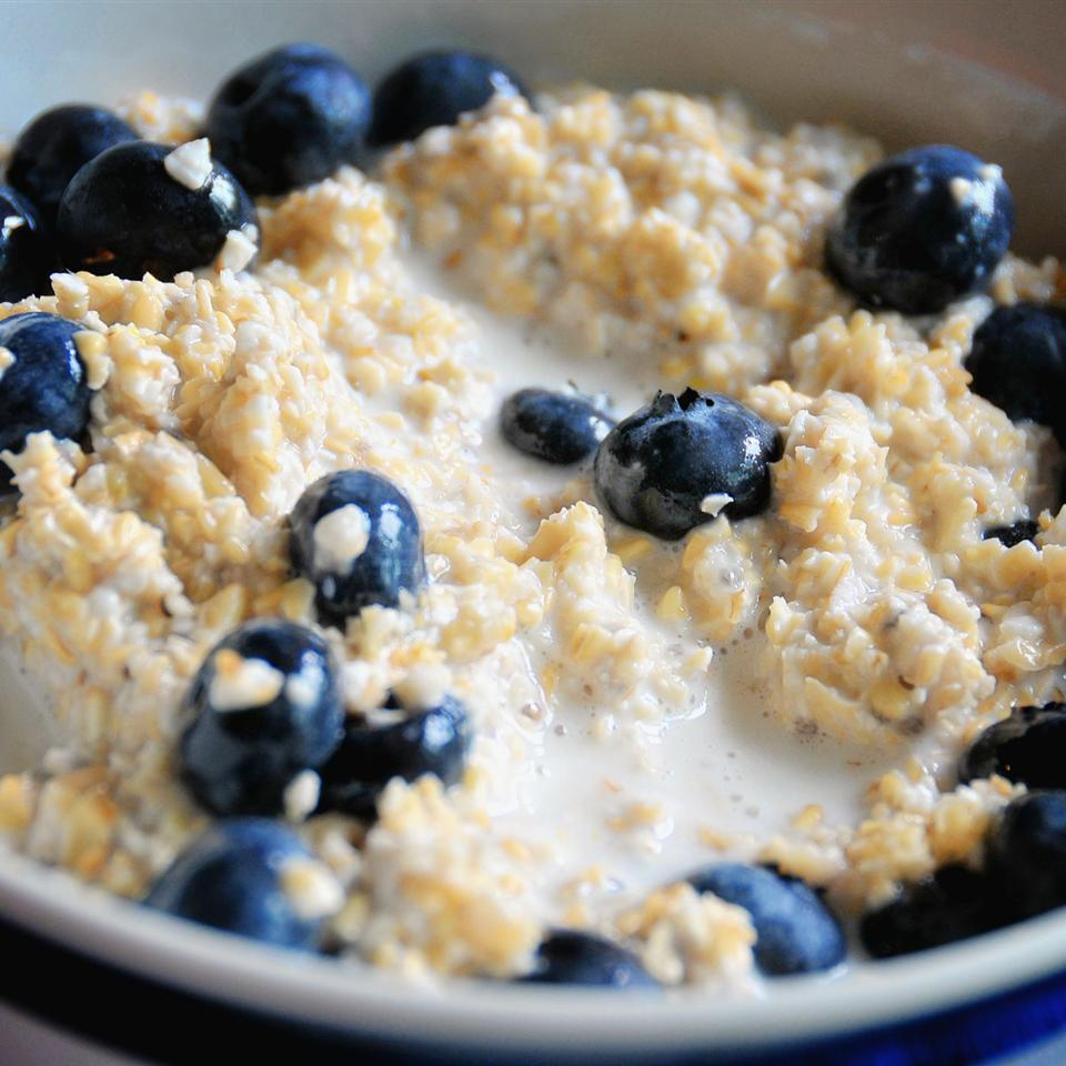Steel Cut Oats with Blueberries and Lemon Zest C. P. Thomson