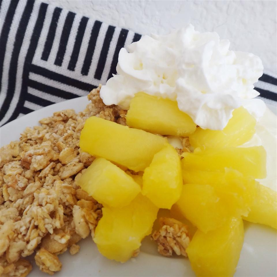 Yogurt Crunch Parfaits from DOLE® House of Aqua