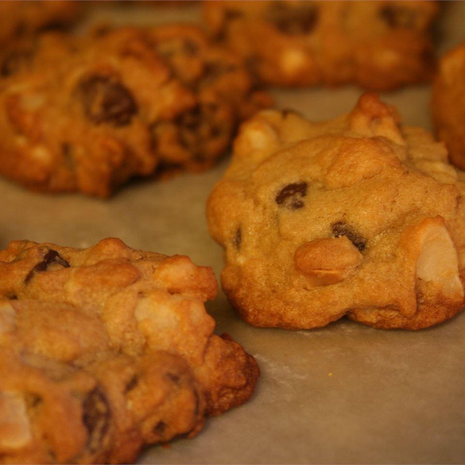 Macadamia Nut Chocolate Chip Cookies Theresa Stites