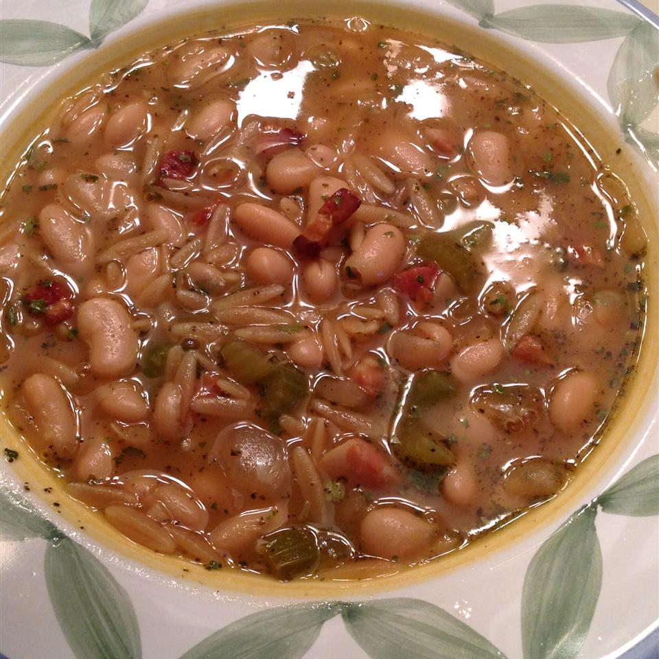 Italian White Bean and Pancetta Soup