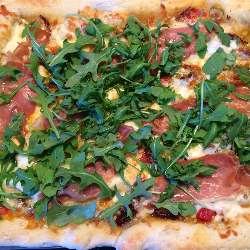 Goat Cheese Arugula Pizza - No Red Sauce!