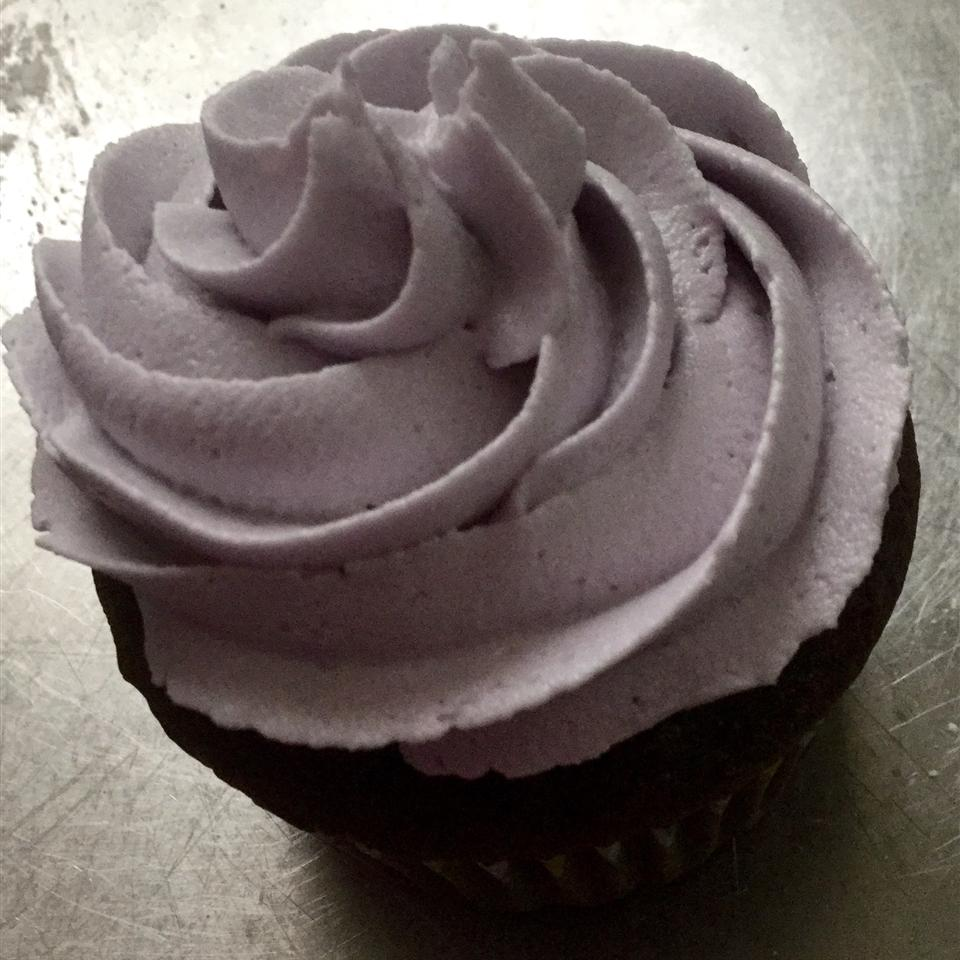 Simple and Delicious Buttercream Frosting Ginny Steward