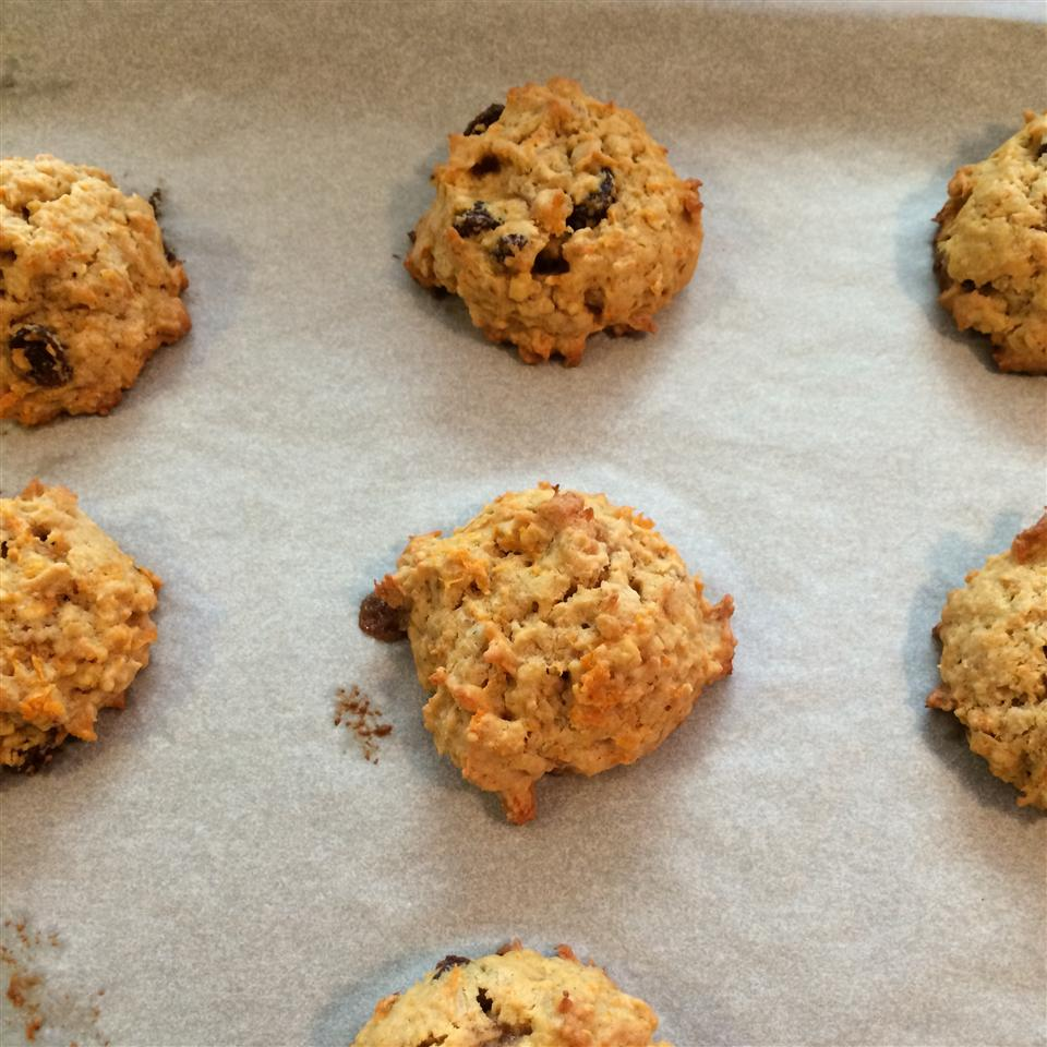 Peanut Butter Carrot Cookies maggie
