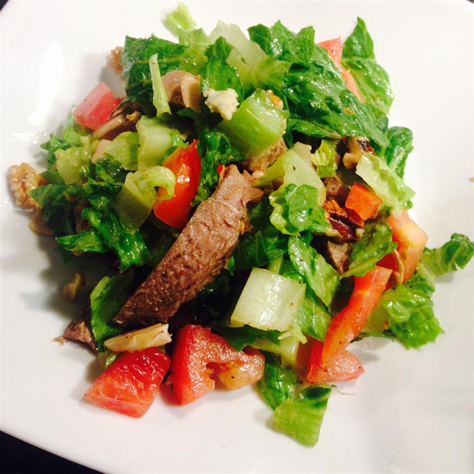 Steak Salad (Ranen Salad)