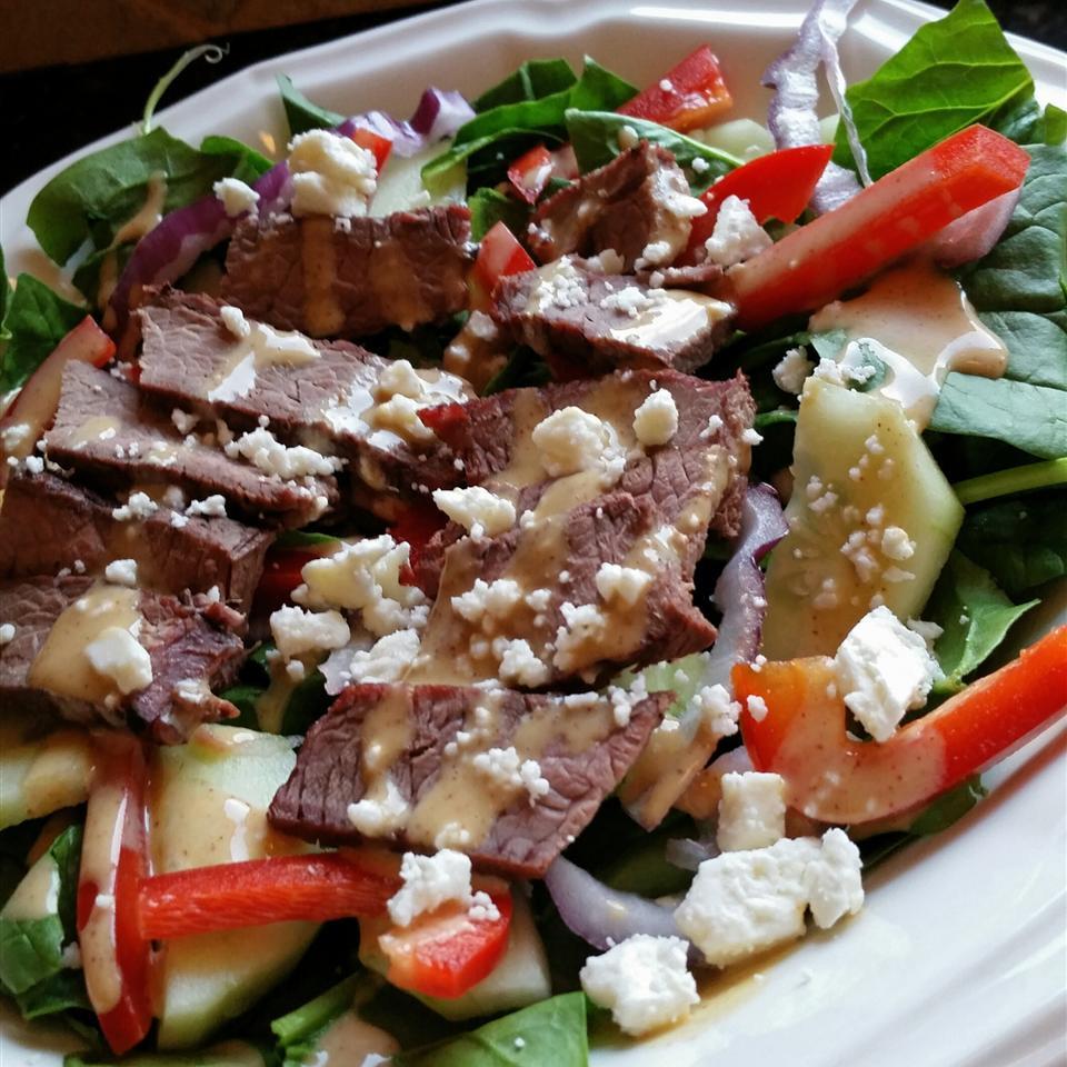 Spinach 'n' Steak Salad with Chipotle Honey Mustard