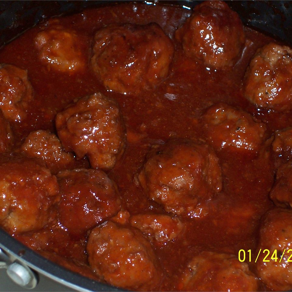 Cocktail Meatballs I Janet Cook
