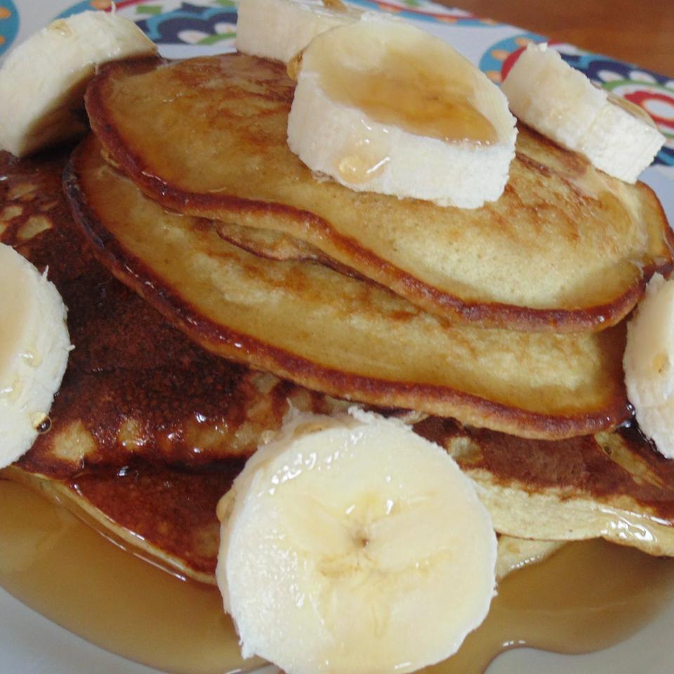 No Milk, No Wheat, Banana Pancakes Christina