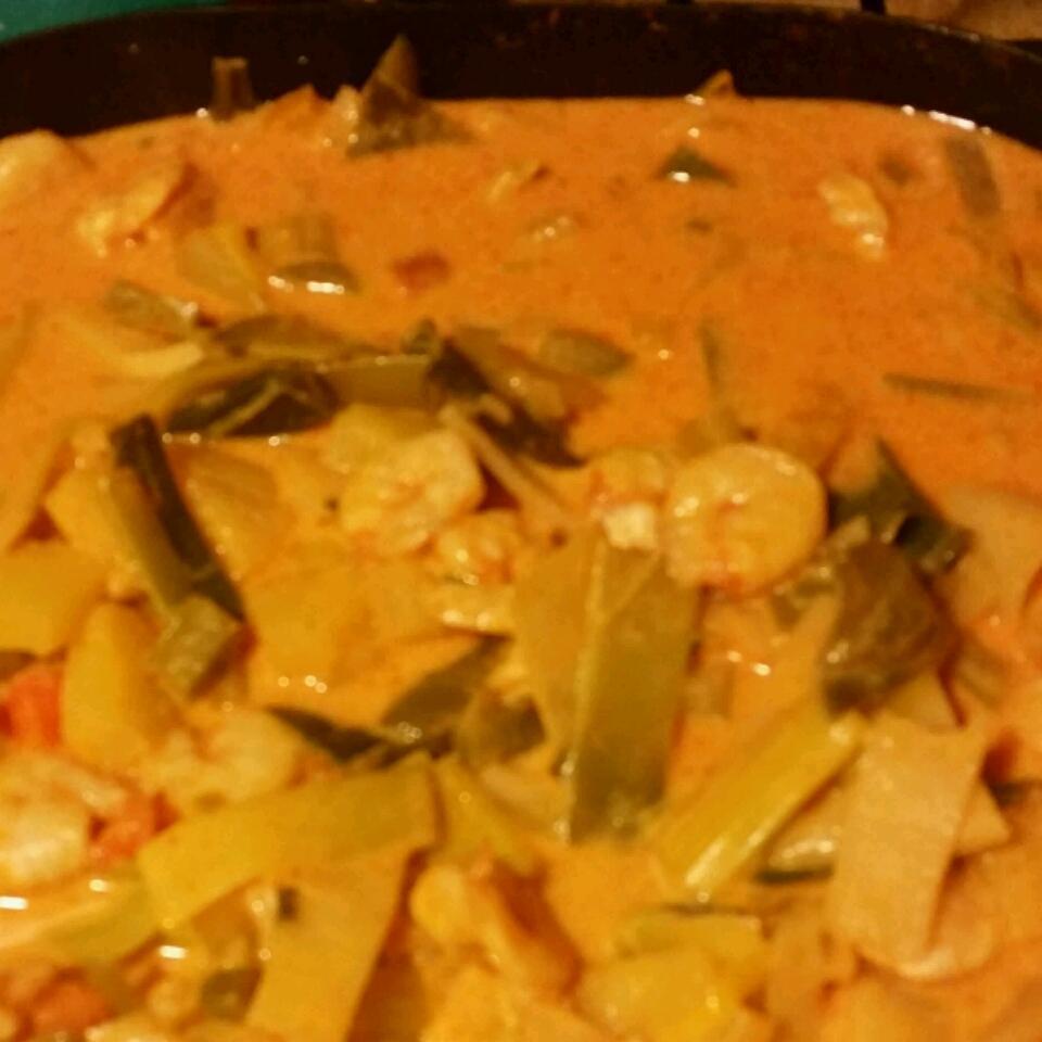 Thai Pineapple Shrimp Curry