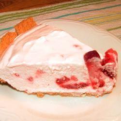 Strawberry Yogurt Pie I Lesley
