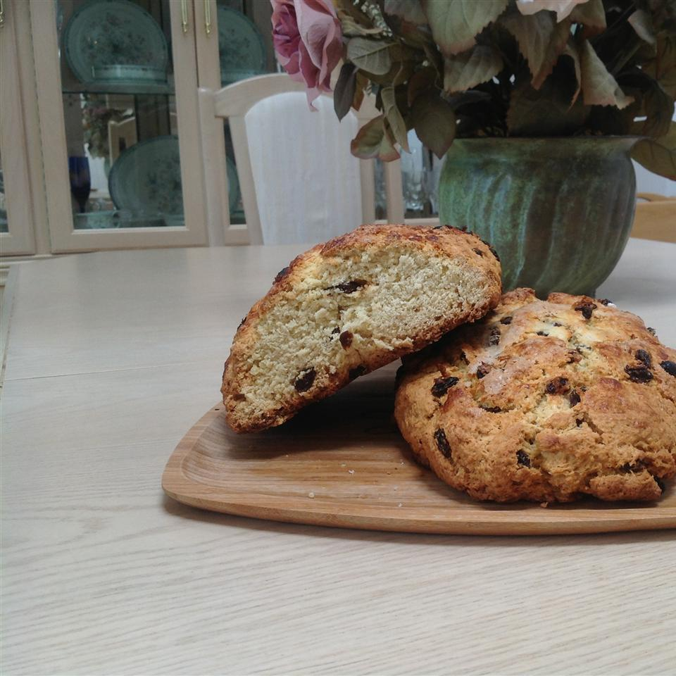 Irish Soda Bread with Raisins