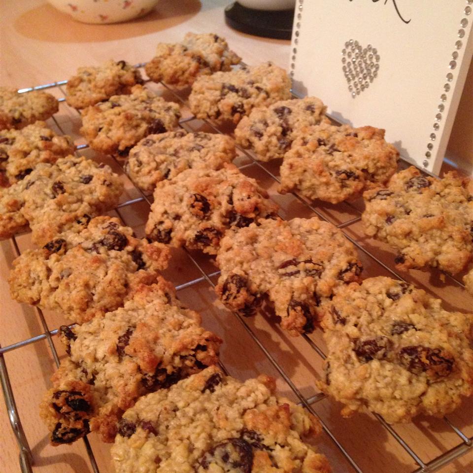 Cran Oat Cookies Emma Rooney