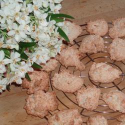Coconut-Cornflake Cookies MissLilas