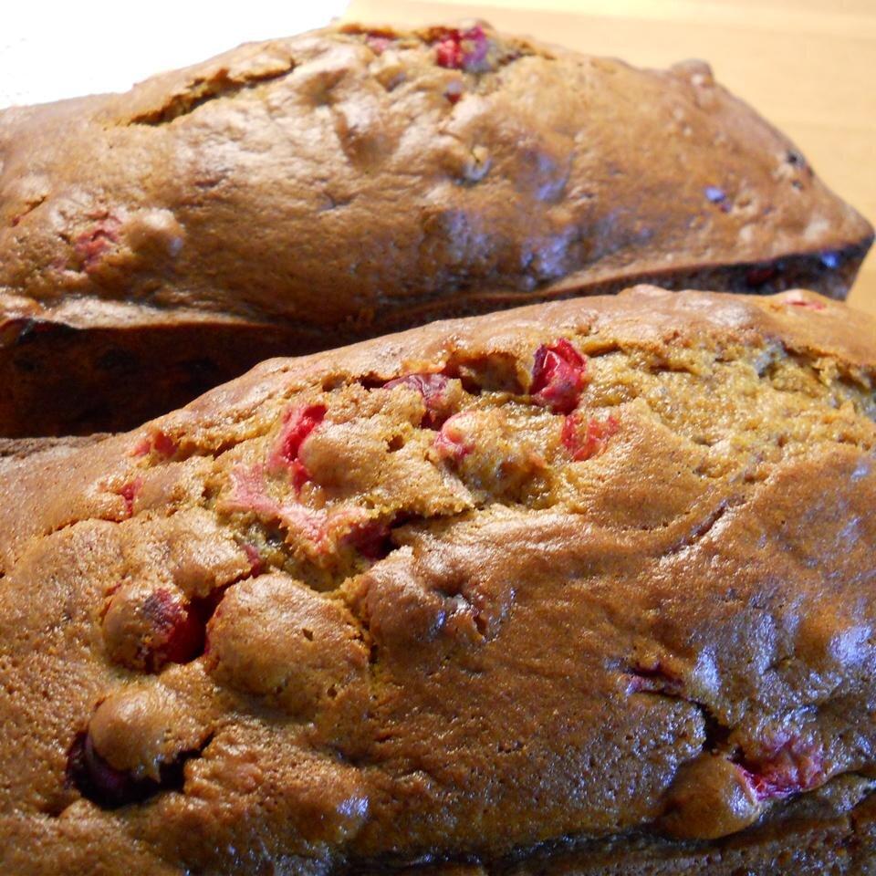 moms fresh cranberry pumpkin bread